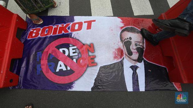 Demo di Kedubes Prancis (CNBC Indonesia/Andrean Kristianto)