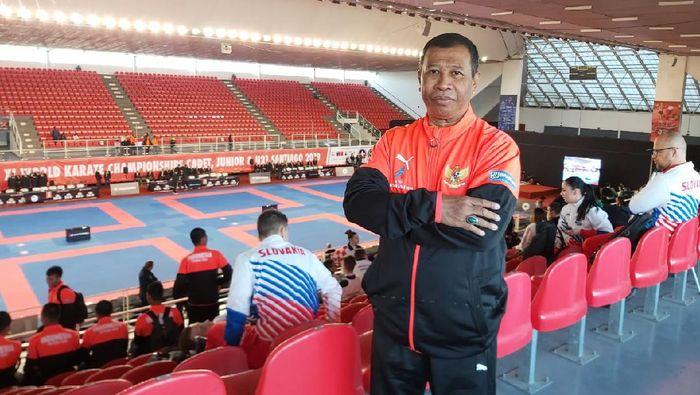 Kepala pelatih pelatnas karate, Gusti.