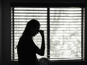 Istri Didorong Hingga Jatuh dan Dikurung Suami karena Tidak Bikin Sarapan