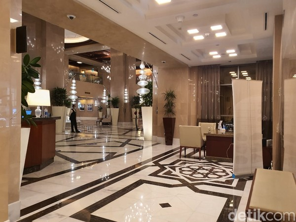 Inilah Hilton Suites yang jadi tempat karantina jamaah umroh di Makkah. (Istimewa)
