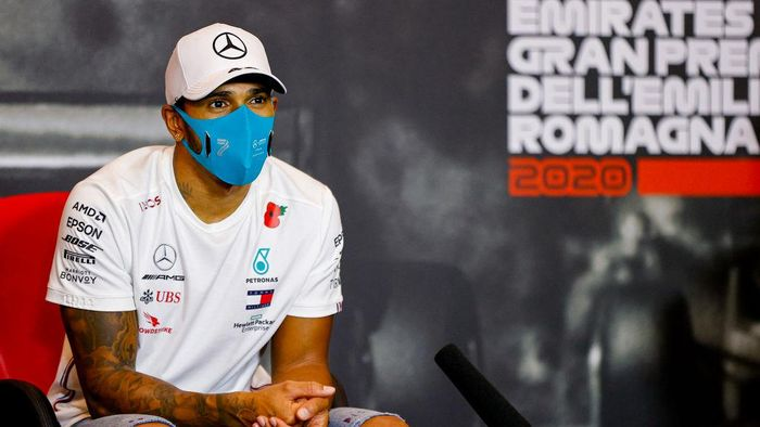 IMOLA, ITALY - NOVEMBER 01: Race winner Lewis Hamilton of Great Britain and Mercedes GP talks in the Drivers Press Conference after the F1 Grand Prix of Emilia Romagna at Autodromo Enzo e Dino Ferrari on November 01, 2020 in Imola, Italy. (Photo by Andy Hone - Pool/Getty Images)