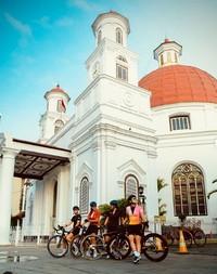 Dalam Instagramnya, Luna Maya berbagi keseruannya saat menikmati liburan di Jawa Tengah. (Luna Maya/Instagram)