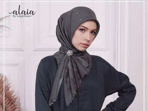 Brand hijab Anggita Sari