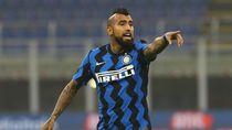 Klarifikasi Vidal soal Tudingan Cium Logo Juventus