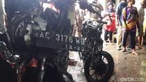 Ditinggal Menggembala Kambing, Dua Motor Warga Ponorogo Ludes Terbakar