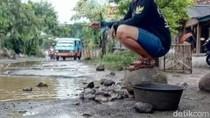Warga Protes Jalan Rusak, Bupati Cirebon: Masih Fokus COVID-19