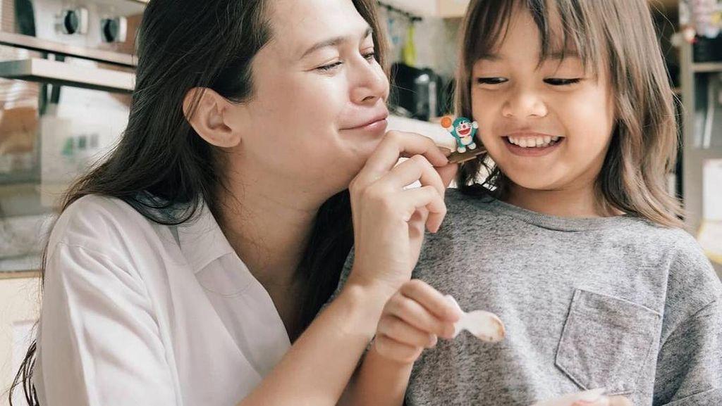 Sebelum Lahiran Anak Ke-2, Sabai Dieter Doyan Makan Nasi Padang