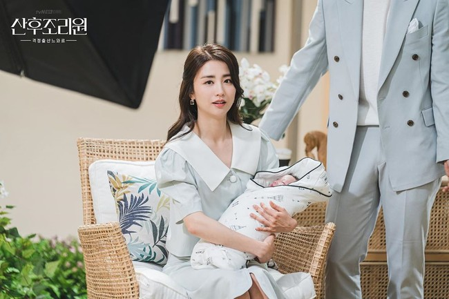 5 Alasan Drama Korea Birthcare Center Wajib Ditonton