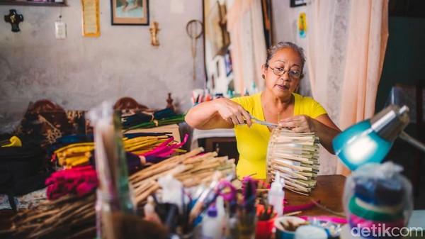 Selain keunikannya, rupanya tradisi dan budaya Meksiko masih dijaga baik di kota ini. Pantas jika Mexcaltitan pernah dinobatkan sebagai Pueblo Magico atau Kota Ajaib oleh otoritas pariwisata setempat di tahun 2001. (CNN)