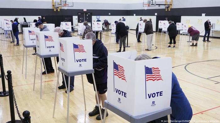 Robocall Misterius Minta Warga AS Tidak Keluar Rumah di Hari Pemilu