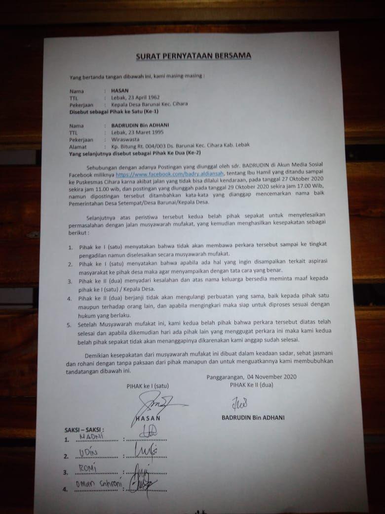 Surat pernyataan antara pria yang posting ibu hamil ditandu dengan pihak kepala desa di Lebak.
