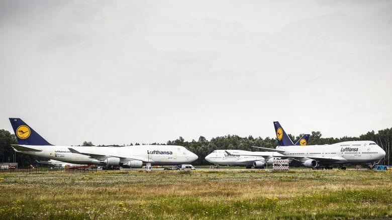 Boeing 747 Lufthansa terdampar