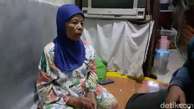 Ibunda Ade Londok angkat bicara mengenai anaknya yang kapok tampil di TV