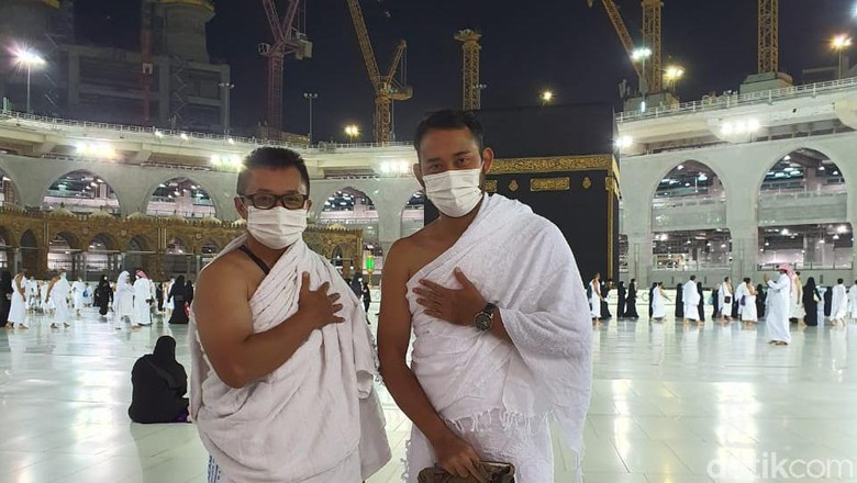 Jamaah umroh Indonesia kloter perdana