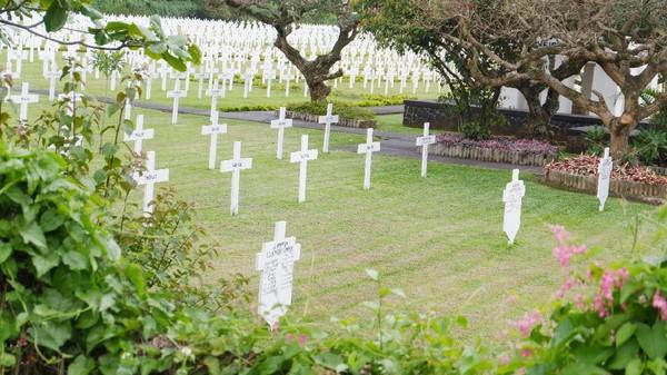 Tanah seluas 22 hektare ini ditempati ratusan bahkan ribuan pemakaman. Pemakamannya begitu rapi dan Instagramable! (Siti Fatimah/detikcom)
