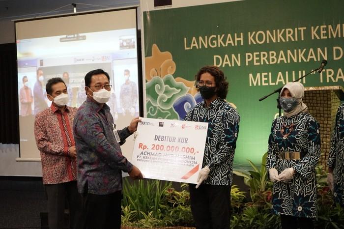 PT Bank Negara Indonesia (Persero) Tbk (BNI) bersinergi dengan Kementerian Perdagangan (Kemendag) memberikan dukungan bagi pelaku UMKM.