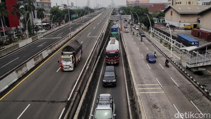 PT Jasa Marga Tbk akan segera melakukan penyesuaian tarif tol Tol Lingkar Luar Jakarta atau JORR yang tarifnya terintegrasi dengan beberapa ruas tol lainnya.