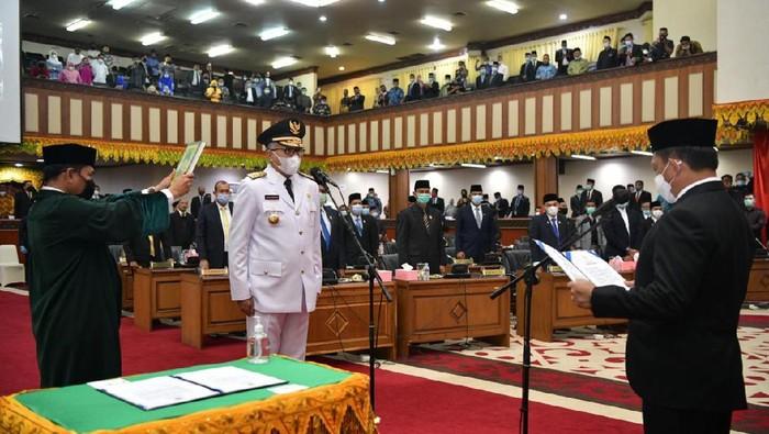 Suasana pelantikan Nova Iriansyah sebagai Gubernur Aceh (Dok. Pemprov Aceh)