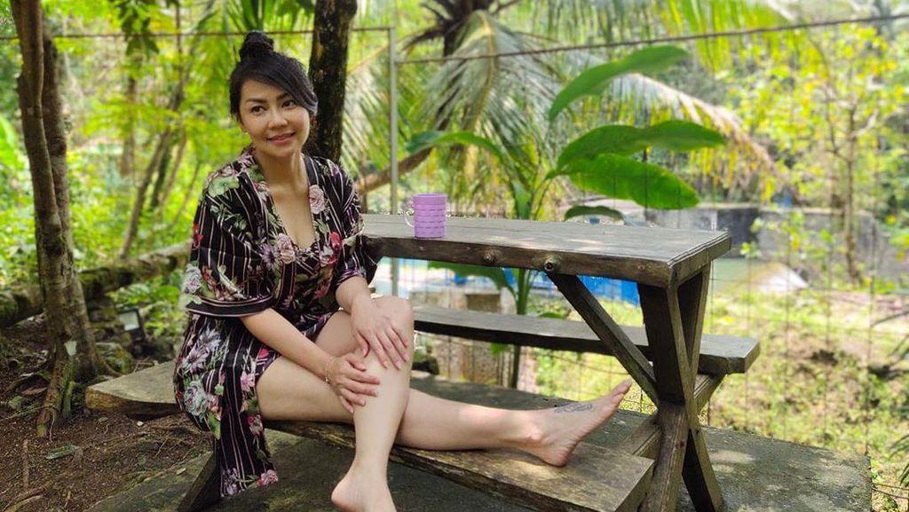 Tessa Kaunang Pamer Badan Berbikini di Ultah ke-44, yang Muda Minggir Dulu!