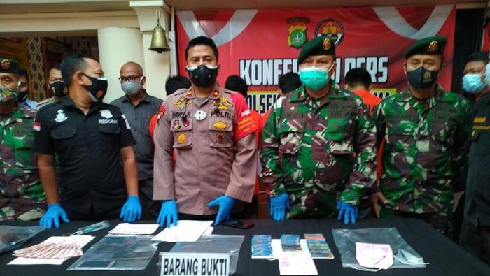5 Pelaku pembobolan mesin ATM di Komleks Kostrad ditangkap