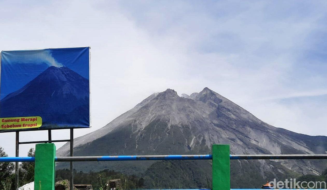BPPTKG menaikkan status Gunung Merapi dari level waspada menjadi siaga. Warga diminta waspada dengan peningkatan aktivitas vulkanik Gunung Merapi.