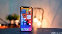Ini Harga iPhone 12 di Indonesia