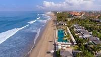 Seminyak merupakan resor tepi pantai yang mewakili nuansa era baru dalam industri perhotelan di Bali. Resor ini terletak di dalam lanskap yang indah, mencakup tanaman hijau asli, kolam teratai dan paviliun jerami tradisional. (TripAdvisor)