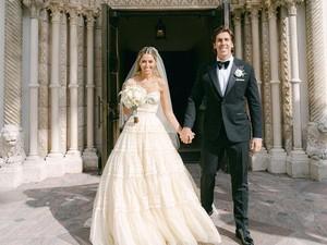 Keluarga Kennedy Menikah, Pakai Gaun Vintage Berusia 67 Tahun Milik Sang Nenek