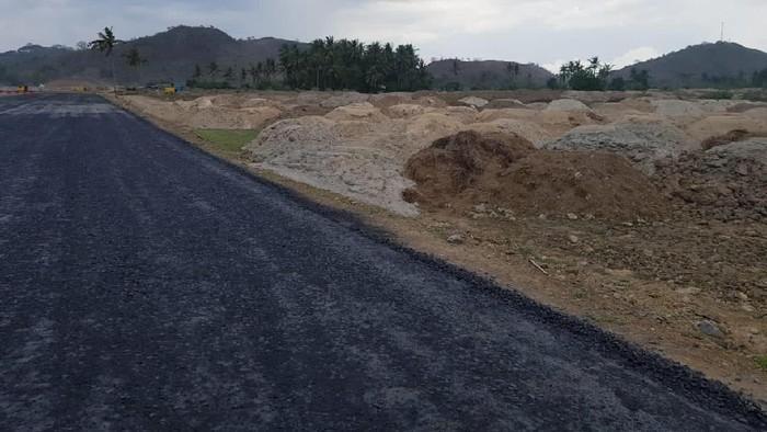 Mandalika Grand Prix Association (MGPA) menargetkan proses konstruksi sirkuit di Mandalika, Lombok Tengah, NTB rampung Juni 2021. Berikut progres pembangunannya.
