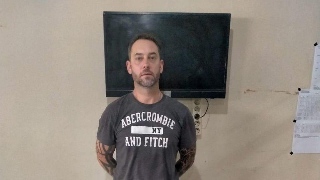 Bule AS Selundupkan Narkoba Pakai Jasa Ekspedisi ke Lombok Barat