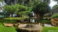 Area wisata sekaligus pendidikan ini terbuka seluas ±2000 m².