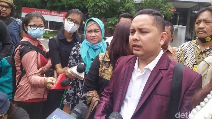 Advokat Pitra Romadoni Nasution