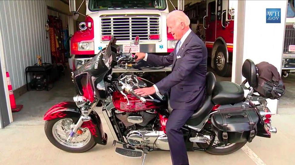 Joe Biden Demen Motoran