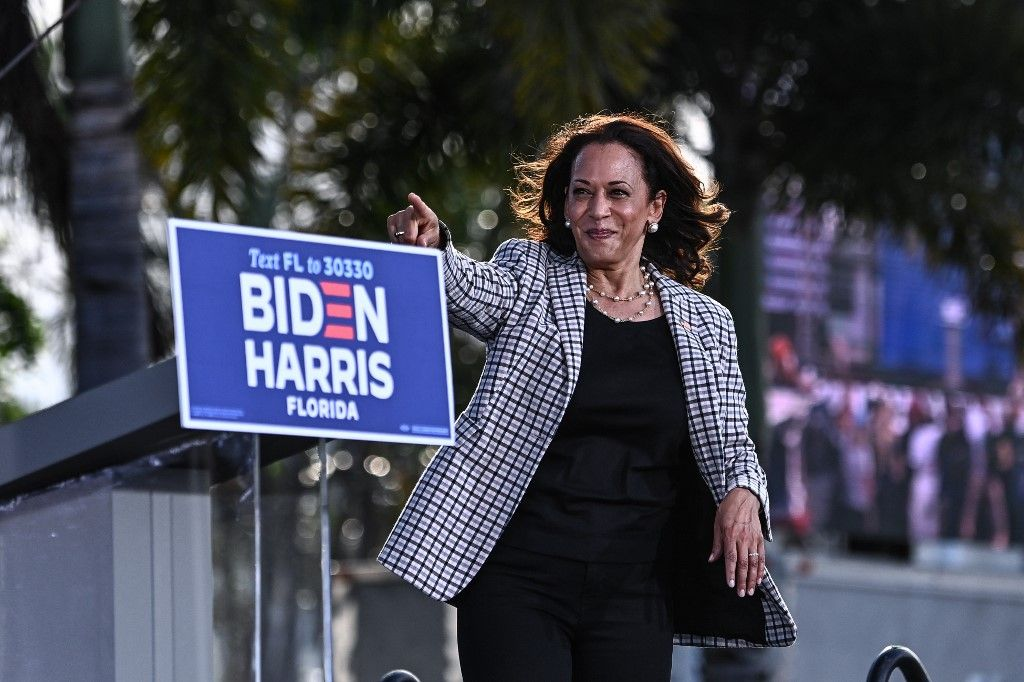 PHILADELPHIA, PA - NOVEMBER 02: Democratic vice presidential nominee Sen. Kamala Harris (D-CA) addresses supporters at a drive-in election eve rally on November 2, 2020 in Philadelphia, Pennsylvania. Democratic presidential nominee Joe Biden, who is originally from Scranton, Pennsylvania, remains ahead of President Donald Trump by about six points, according to a recent polling average. With the election tomorrow, Trump held four rallies across Pennsylvania over the weekend, as he vies to recapture the Keystone State's vital 20 electoral votes. In 2016, he carried Pennsylvania by only 44,292 votes out of more than 6 million cast, less than a 1 percent differential, becoming the first Republican to claim victory here since 1988.   Mark Makela/Getty Images/AFP