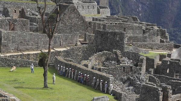 Kini kompleks batu yang dibangun pada abad ke-15 akan menerima 675 pengunjung setiap harinya.
