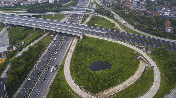 Kementerian PUPR targetkan sejumlah tol di Jabodatebek bisa diresmikan dan beroperasi antara November-Desember 2020. Salah satunya adalah Tol Cimanggis-Cibitung