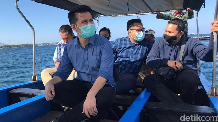 Wakil Gubernur Jawa Timur Emil Elestianto Dardak mengajak seluruh masyarakat Jatim untuk berlibur ke Banyuwangi. Ia berkunjung ke kabupaten paling timur di Pulau Jawa selama dua hari sejak Sabtu (7/11).