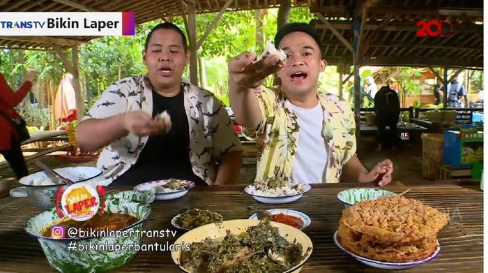 Bikin Laper! Mencicipi Makanan Khas Jawa Minang di Warung Tuman