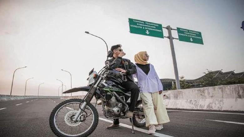 Salah satu spot foto yang ada di BIJB Kertajati Majalengka untuk Foto Prewedding atau video syuting.