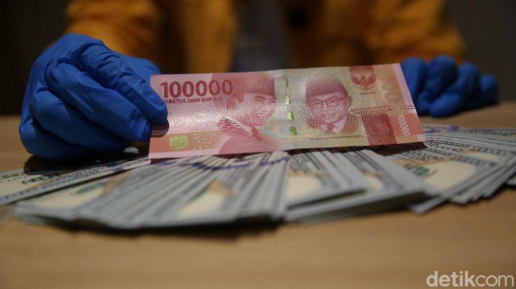 Dolar AS Akhirnya Ditekuk Rupiah, Berapa Harganya?