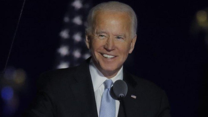 Joe Biden: Presiden terpilih AS akan bentuk gugus tugas virus corona, cabut larangan masuk warga sejumlah negara Muslim