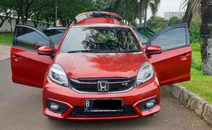 Mobil Bekas City Car di OLX dengan jarak tempuh 40.000-45.000 km.