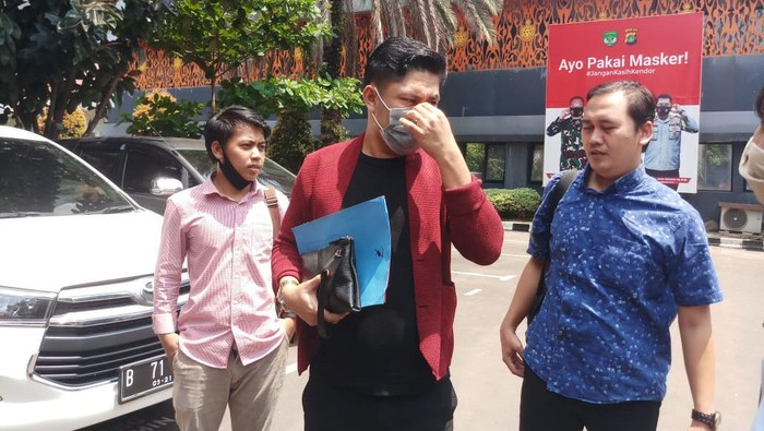 Pelapor kasus video seks mirip Gisel diperiksa di Polda Metro Jaya.