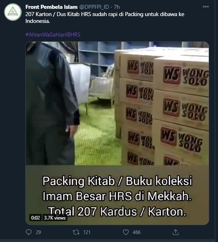 Video packing kitab Habib Rizieq bertuliskan kardus Wong Solo