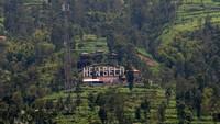Selain wisata Jeep, kawasan wisata New Selo berada di lereng Gunung Merapi, Selo, Boyolali, Jawa Tengah, juga masih buka pada Sabtu (7/11/2020). ANTARA FOTO/Aloysius Jarot Nugroho