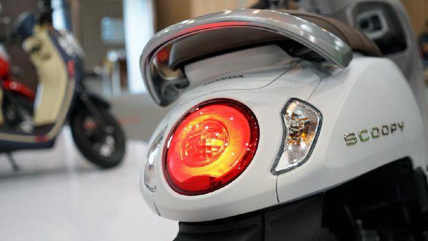 Honda luncurkan Scoopy generasi ke-5.