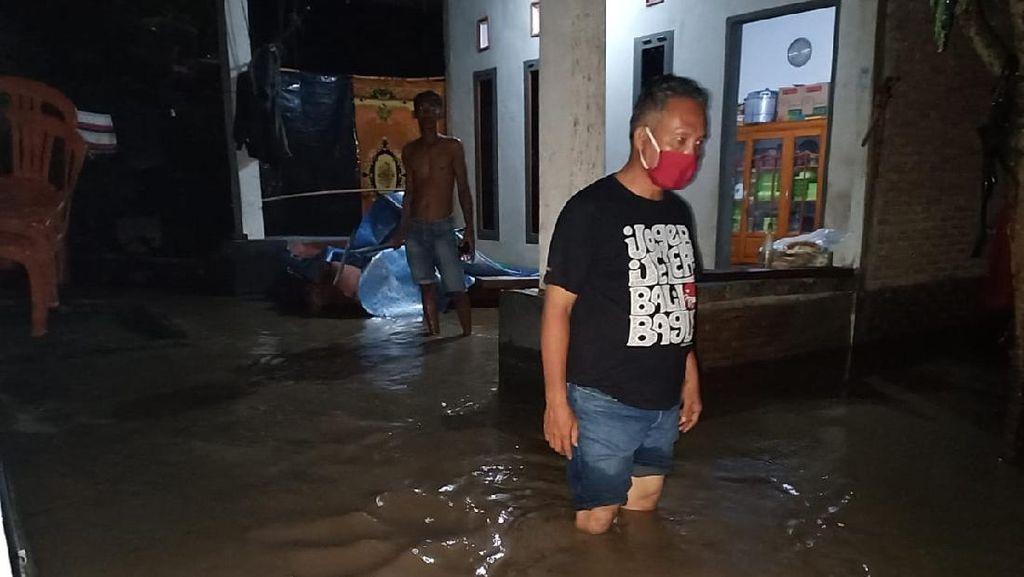 Puluhan Rumah Warga di Polman Sulbar Terendam Banjir Akibat Luapan Sungai