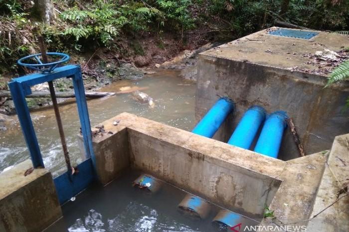 Fasilitas reservoir pendistribusian air bersih dari sumber air Sungai Aek Nalas yang dikelola PDAM Mual Natio, di Desa Sabungan Ni Huta IV, Kecamatan Sipahutar, Taput. (ANTARA/Rinto Aritonang)