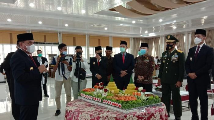 Gubsu Edy Rahmayadi saat syukuran SM Amin Nasution menjadi pahlawan nasional (Ahmad Arfah-detikcom)