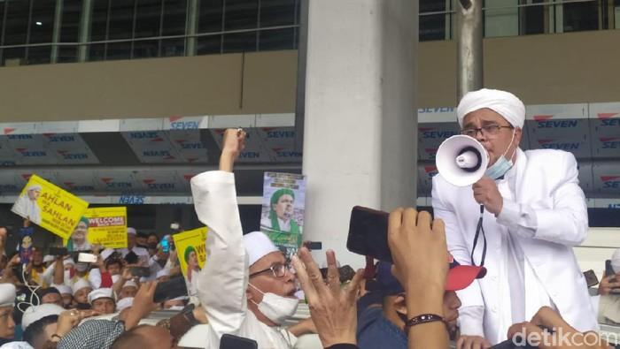 Habib Rizieq di Bandara Soekarno Hatta